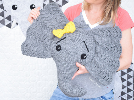 Elephant Pillow Knitting Pattern by IraRott in PDF FOrmat With Instant Download