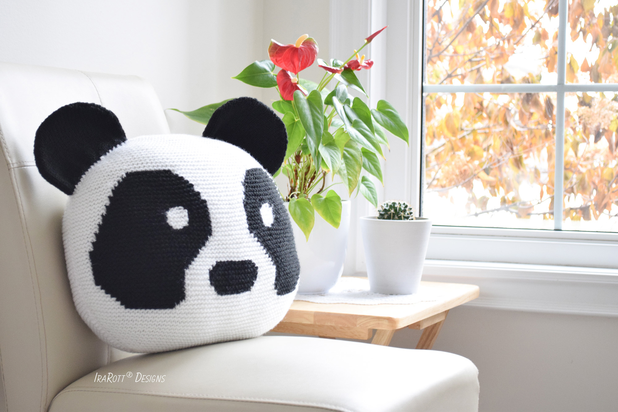 Amanda The Panda Pillow PDF Knitting Pattern By IraRott