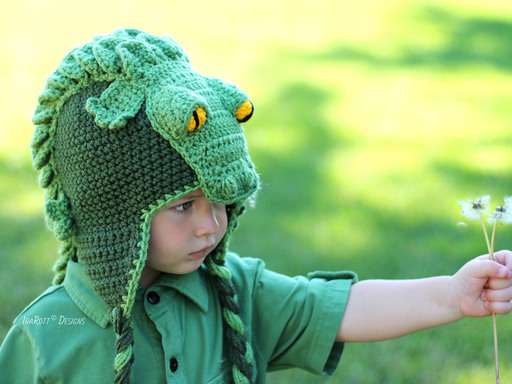 Alligator crocodile animal hat Crochet Pattern for boys and girls of all ages