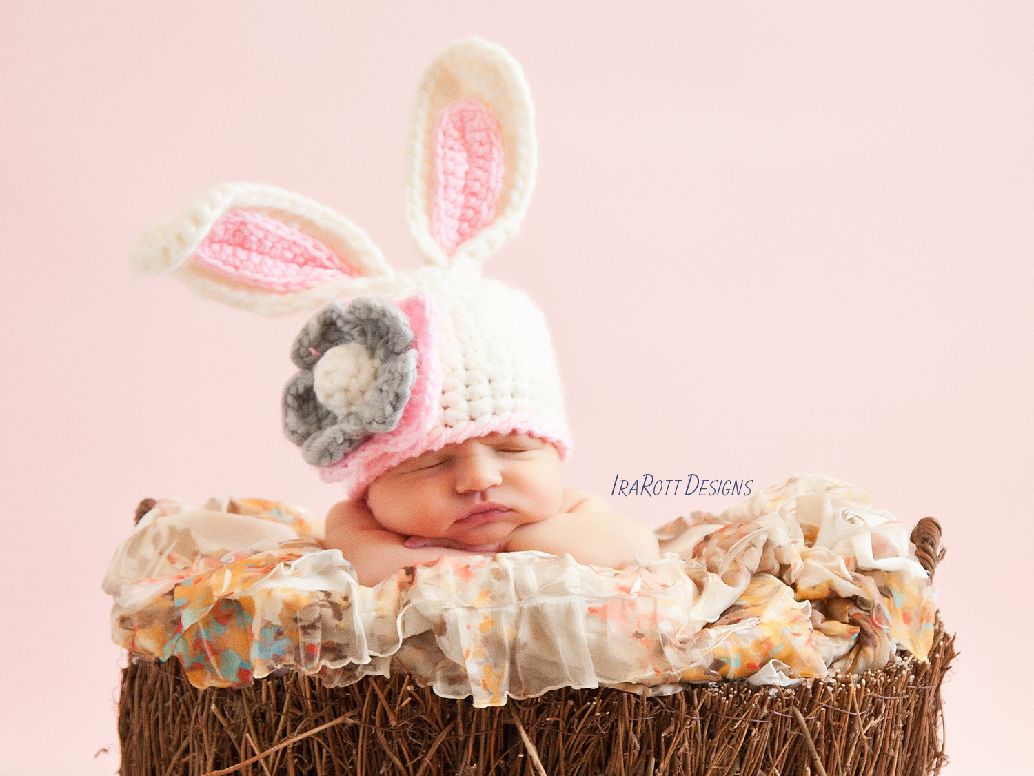 Bunny Rabbit Animal Hat Crochet Pattern for Baby Boys and Girls by IraRott