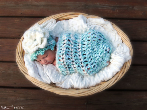 Free Crochet Pattern PDF for making a Newborn Baby Hat and Cocoon by IraRott