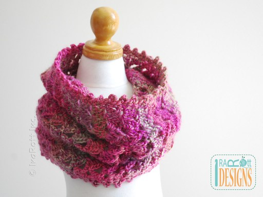 Crochet Pattern PDF for making a Lace Infinity Scarf or Chunky Cowl best as a gift and fast to make
