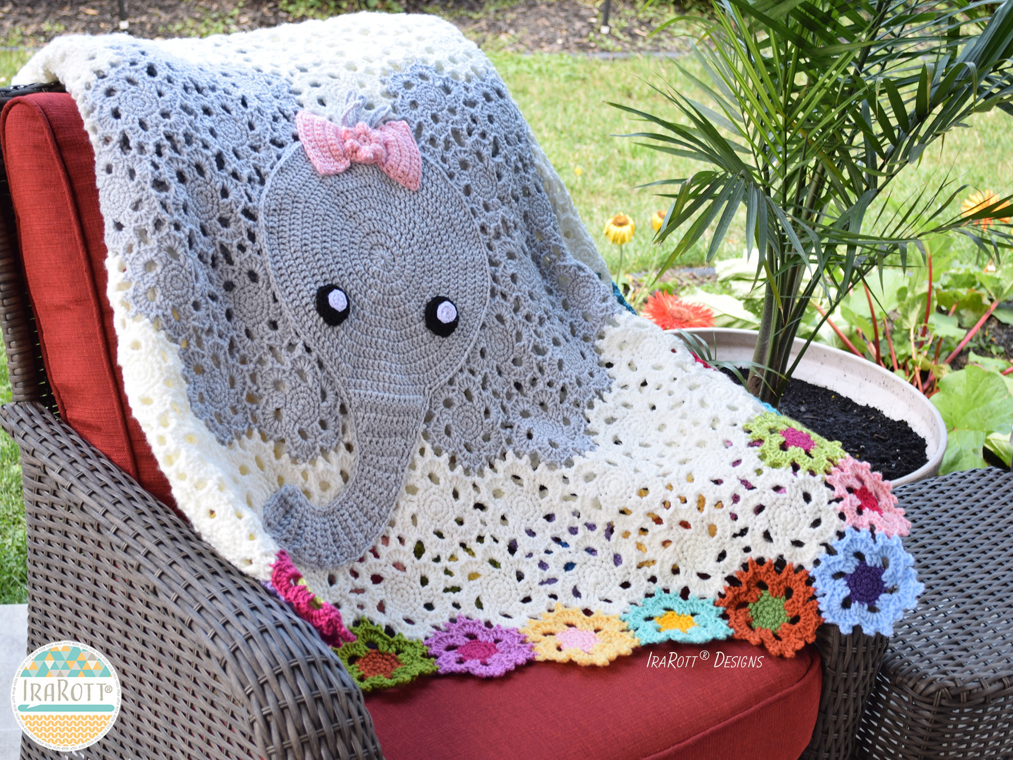 crochet elephant amigurumi - YouTube | 720x960