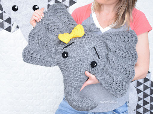 Josefina and Jeffery Elephant Pillow PDF Knitting Pattern by IraRott