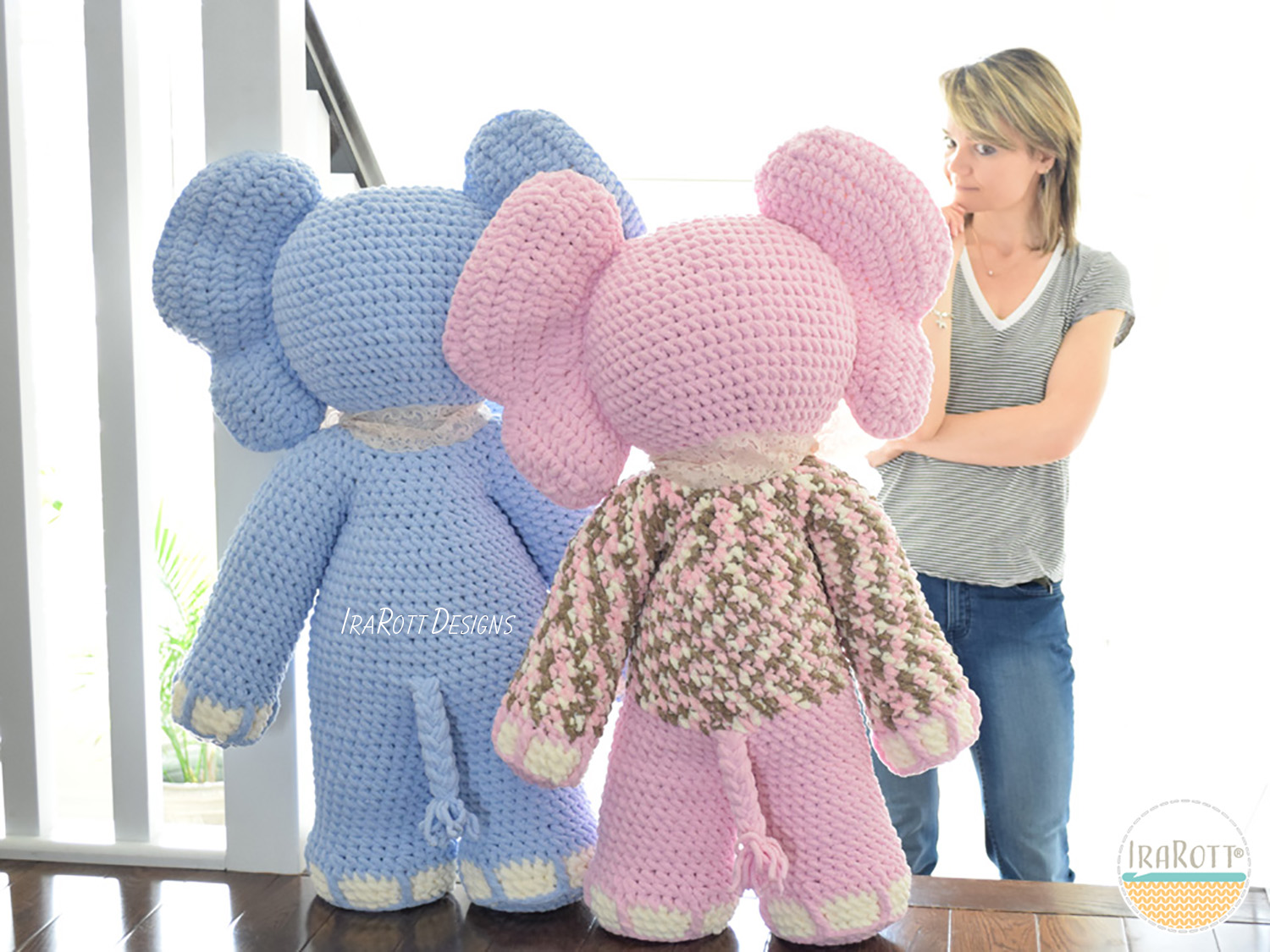 Amigurumi patterns go BIG (+ free pattern!) - Stitch This! The ... | 1125x1500