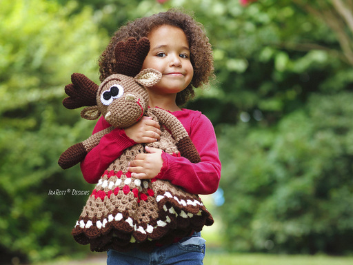 Crochet Pattern PDF for making an adorable Moose Lovey Security Blanket for Kids and Babies