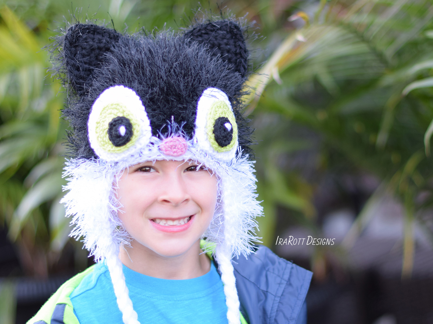 Crochet pattern PDF for making an adorable Sassy the kitty cat furry hat with hearts