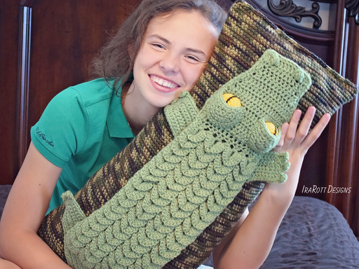 Crochet Pattern PDF for making an awesome Alligator Animal Pillow or Crocodile Cushion using crocodile stitch