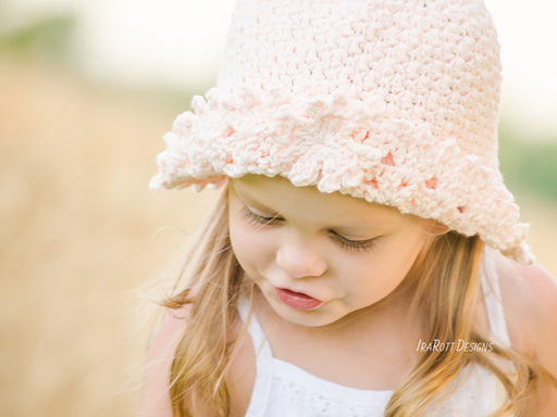 Crochet Pattern PDF for making a beautiful Summer Sun Hat with Maple Leaf Applique and Lace Brim